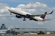Boeing 767300 ER (Extended Range) of Delta Airlines (delta airlines boeing er )