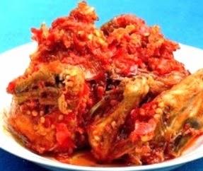 Resep dan Cara Membuat Ayam Goreng Spesial Sambal Cabe Merah