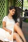Yamini bhaskar glam pix-thumbnail-9
