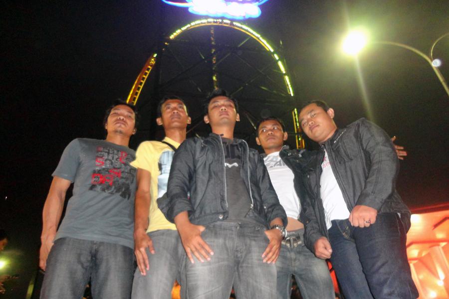 Trans Studio Bandung, Tahun Baru, Bandung, Masjid Agung Bandung, Jl Asia Afrika