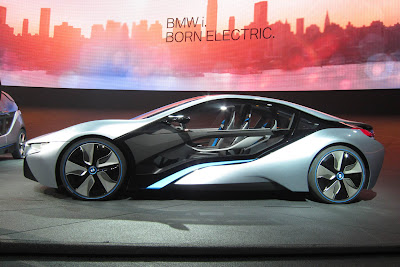 20 bmw i3 i8 live 1 BMW i3 & i8, Konsep Mobil Listrik Masa Depan