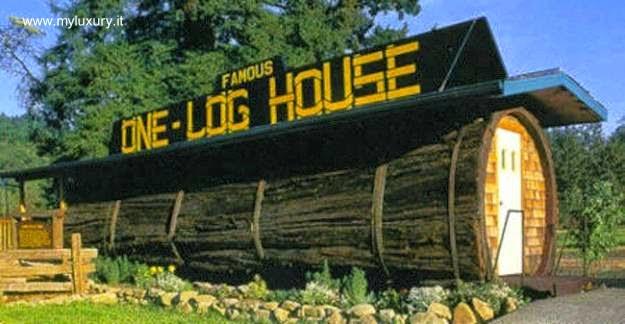 Casa con forma de tronco volcado