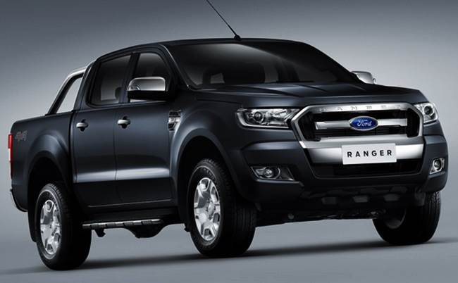 Duel 2016 Toyota Hilux vs Ford ranger, Mitsubishi Triton, Nissan Navara