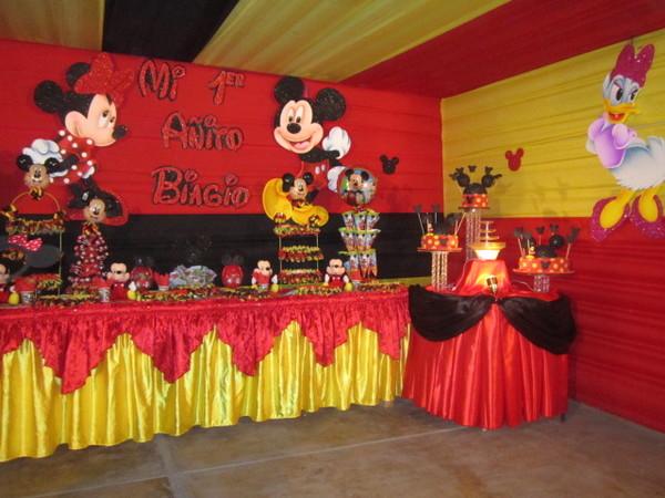 Decoraciónes en telas para cumpleaños - Imagui