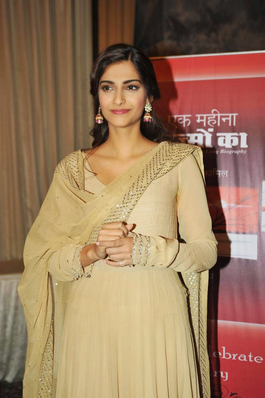 Actress Sonam Kapoor Latest Cute Hot Spicy Photos Gallery At Ek Maheena Nazmon Ka Book Launch