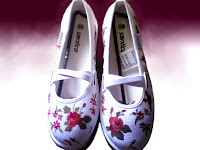 Sepatu Lukis Cewek,sepatu lukis bunga,sepatu lukis,sepatu lukis cewe