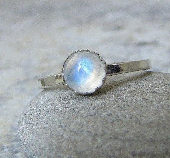 https://www.etsy.com/nz/listing/93487082/moonstone-ring-silver-rainbow-moonstone