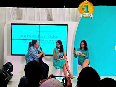 dr Mayung dan Artika Sari Devi sharing pampers