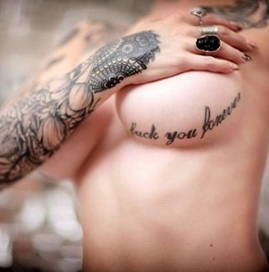 Sexy Underboob tattoos