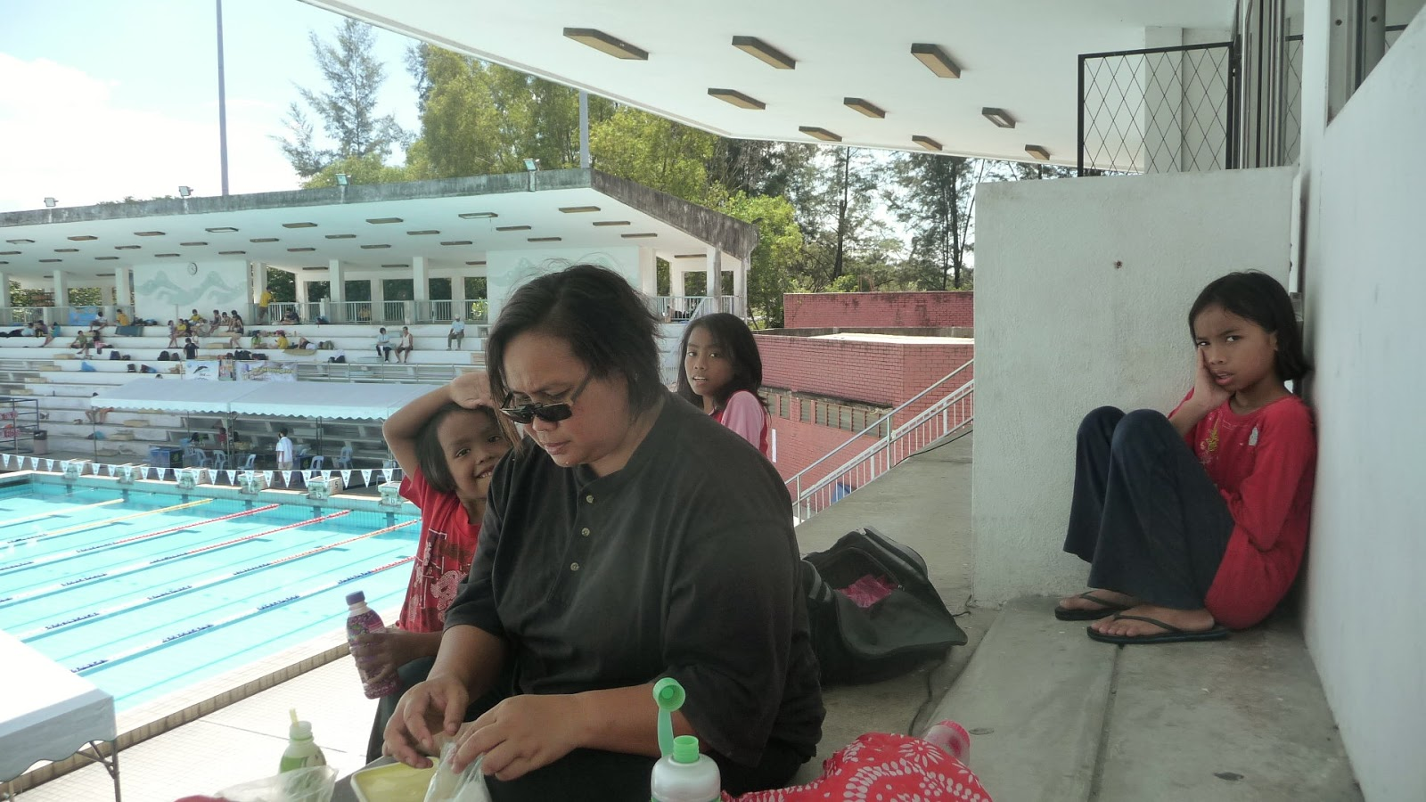 Yatie Taharin How My Daughters Learn How To Swim