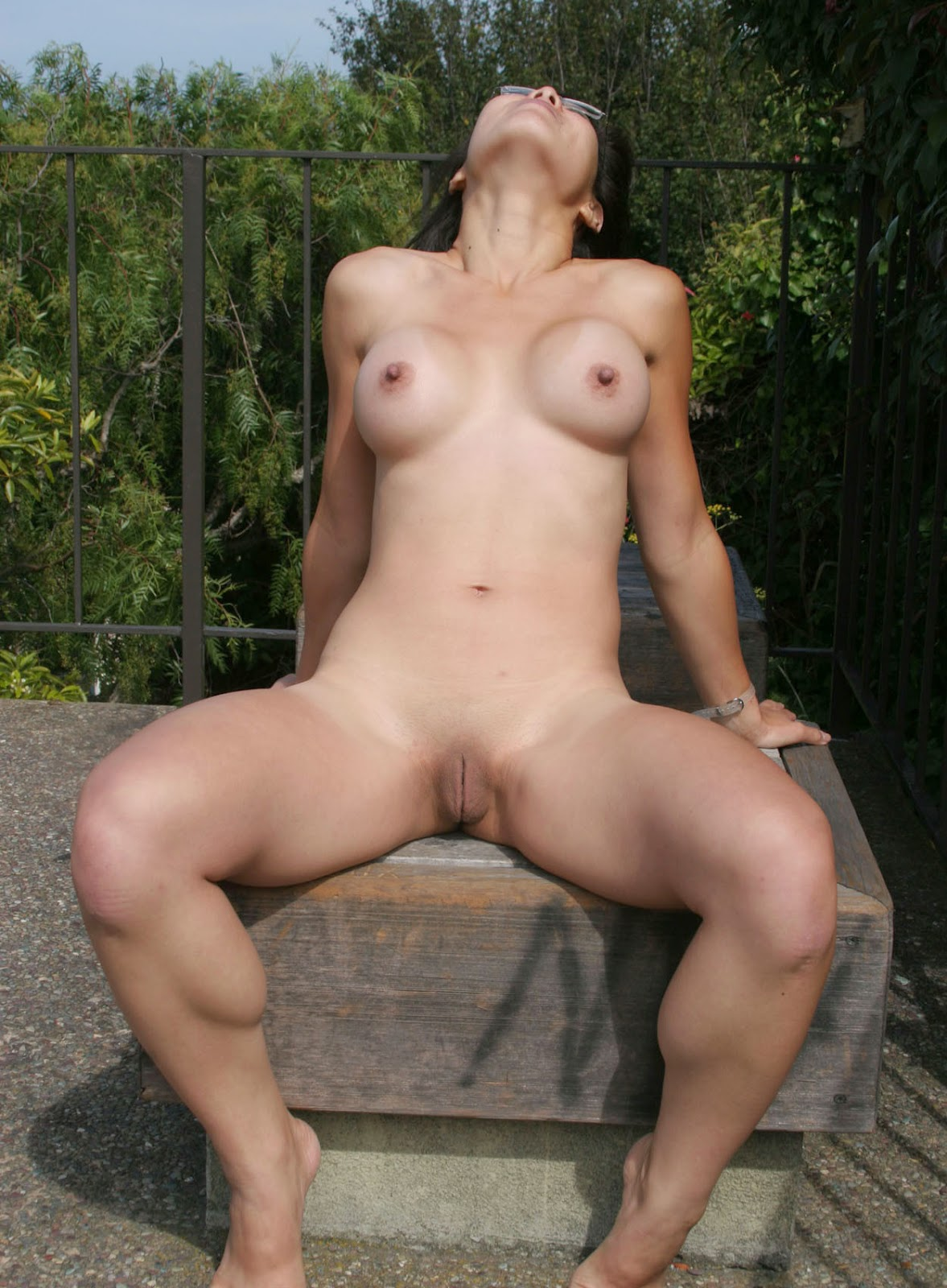 Asian women nudist