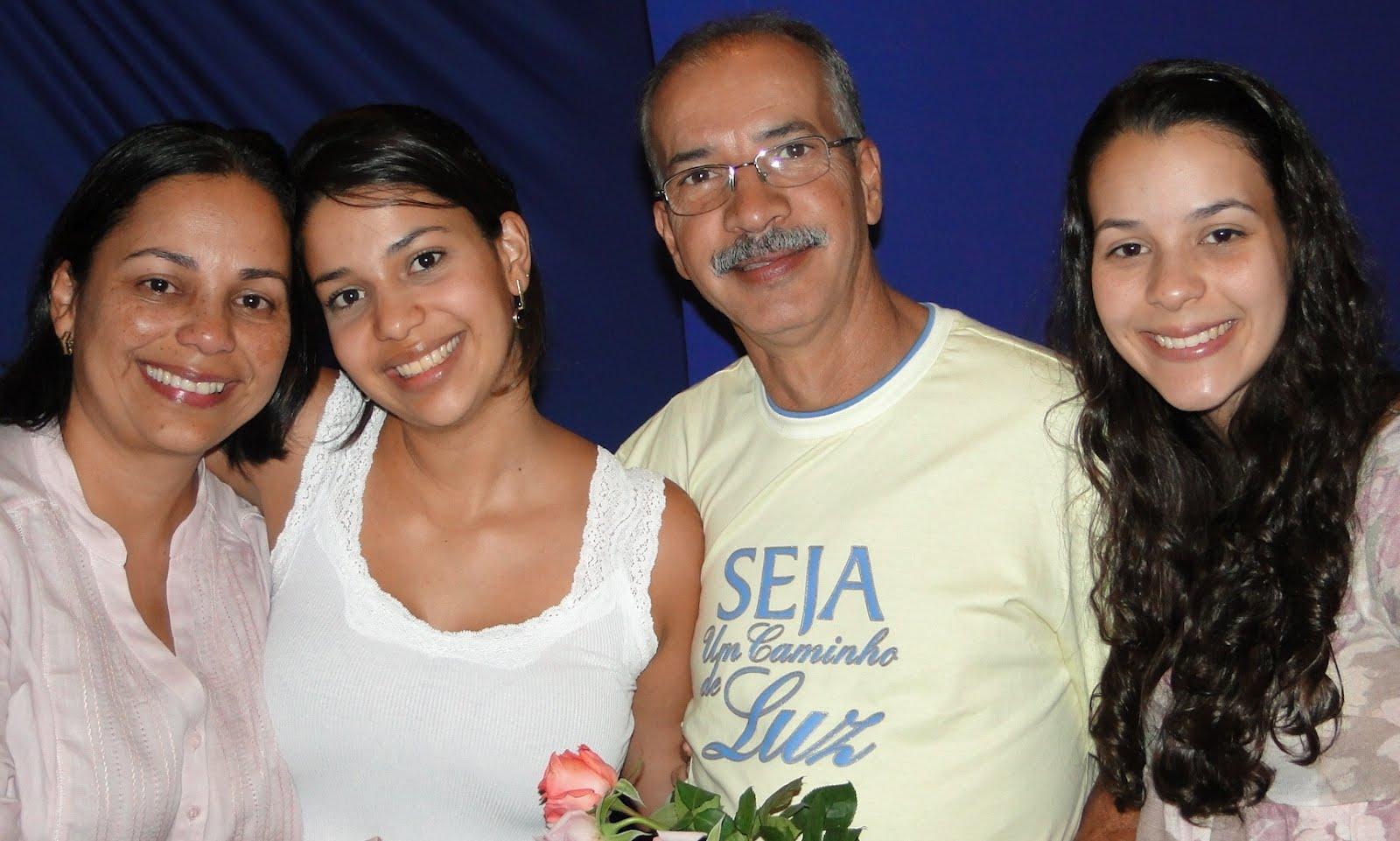 Milene  Laís  Paulo  Larissa