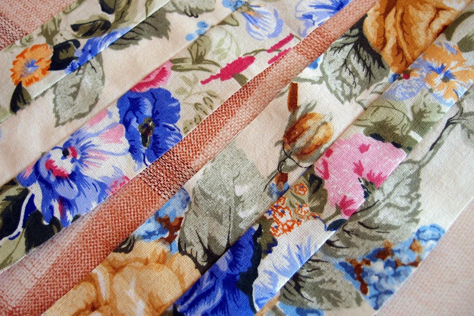 лентите са инч широки след зашиването