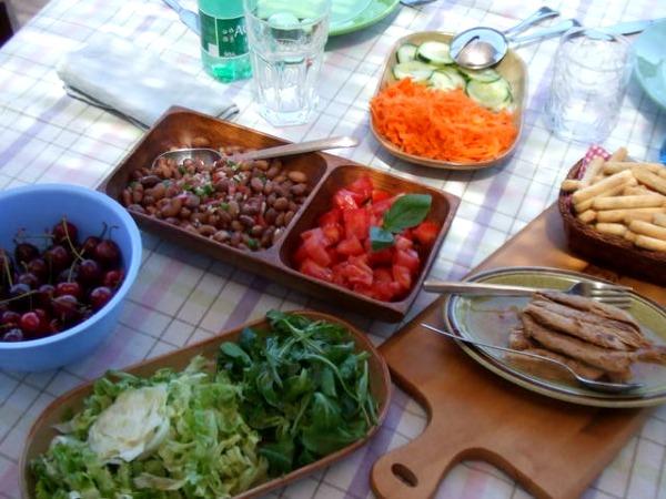 Novedades y noticias disfrutando de las noches de verano for Cenas frias ligeras