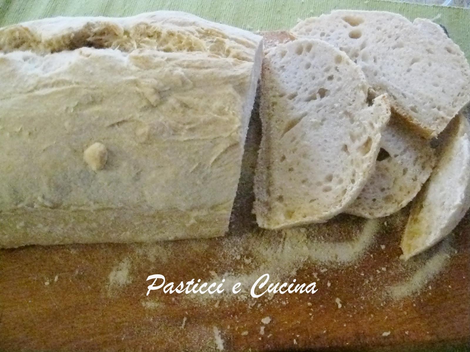 Pasticci e cucina pane casareccio bianco con licoli - Cucina e pasticci ...