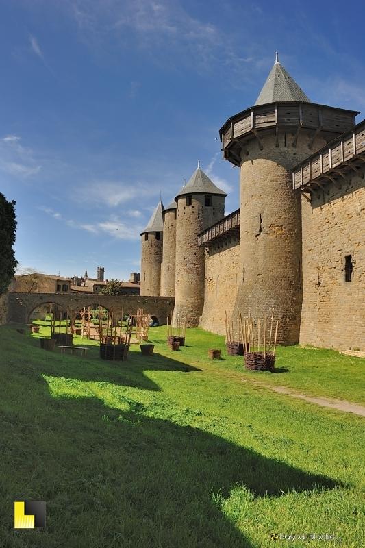 Jardin du château comtal photo au delà du cliché