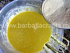 Prajitura cu gris si lamaie preparare blat reteta - presaram in ploaie ingredientul principal, grisul
