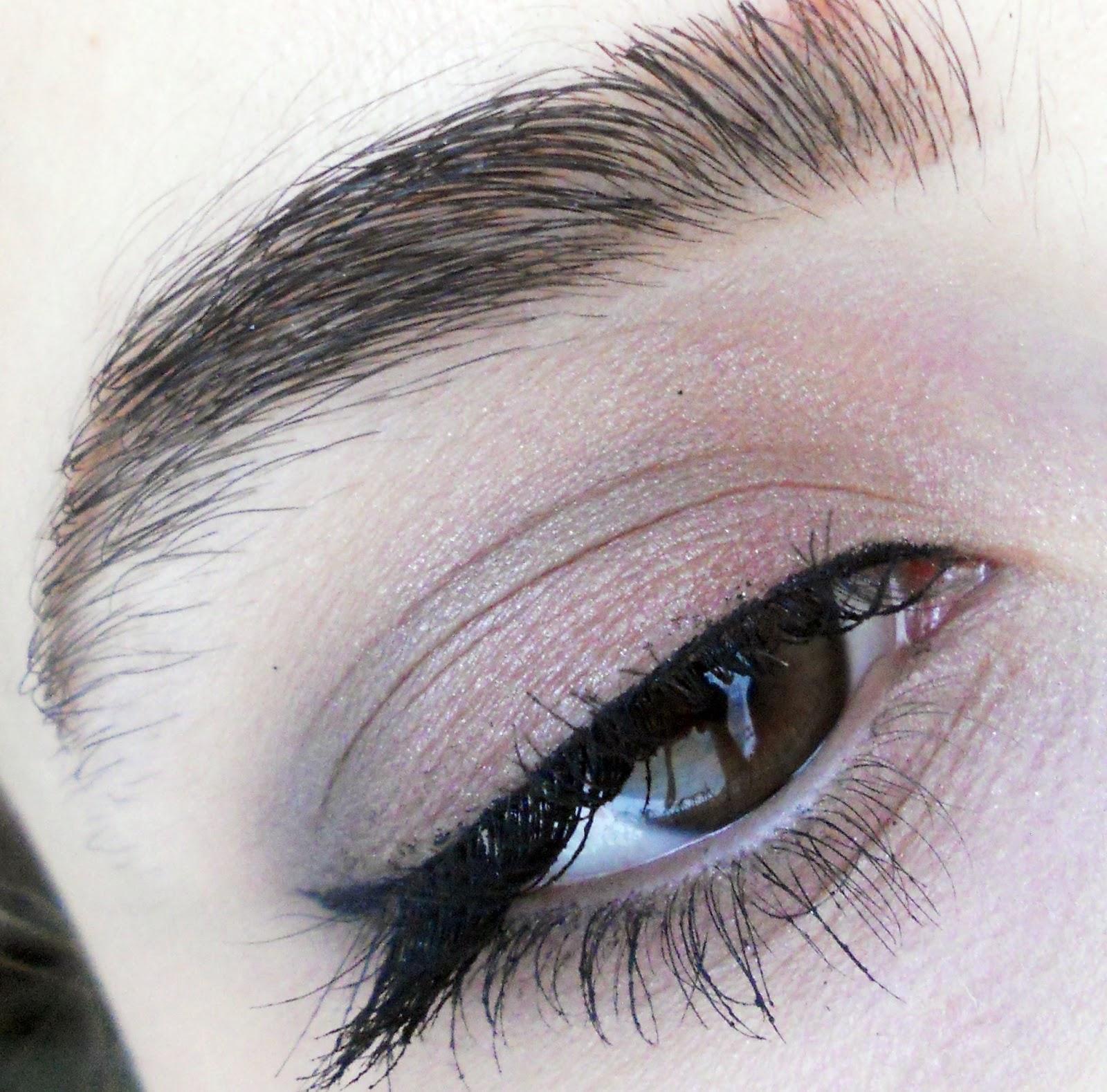 örnek-göz-makyajı-h&m-nude-eyes-palet-ile