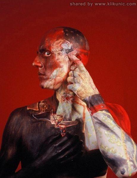 http://1.bp.blogspot.com/-pCWh8ARghVU/TX3fe3XKenI/AAAAAAAARb4/lKmChckFua4/s1600/museum_anatomy_05.jpg