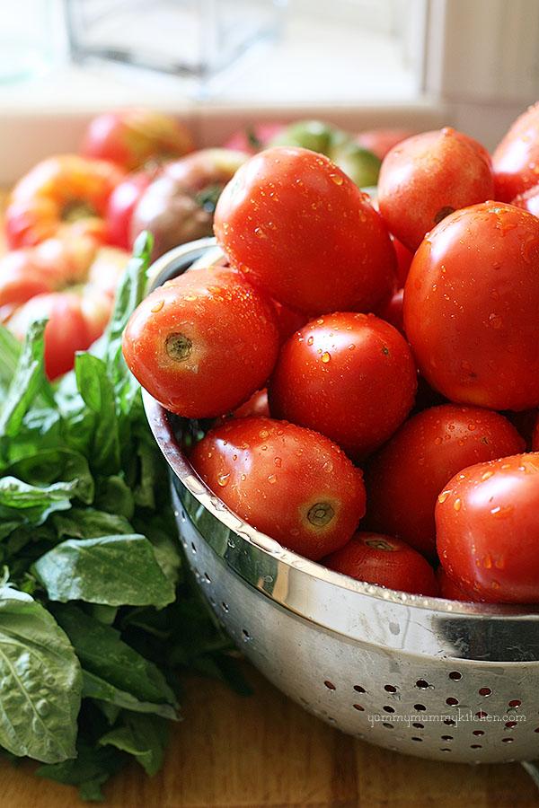 Fresh Tomato Sauce Recipe — Dishmaps