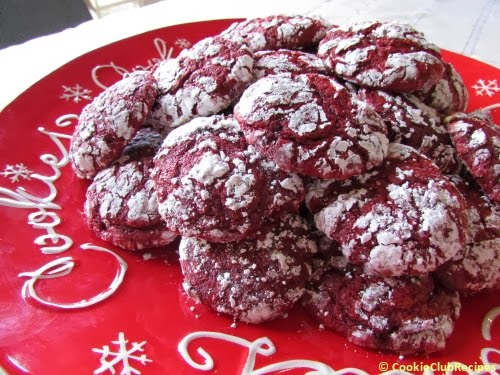 Red Velvet Cookies by CookieClubRecipes