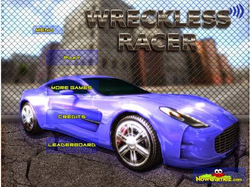 http://eplusgames.net/games/wreckless_racer/play