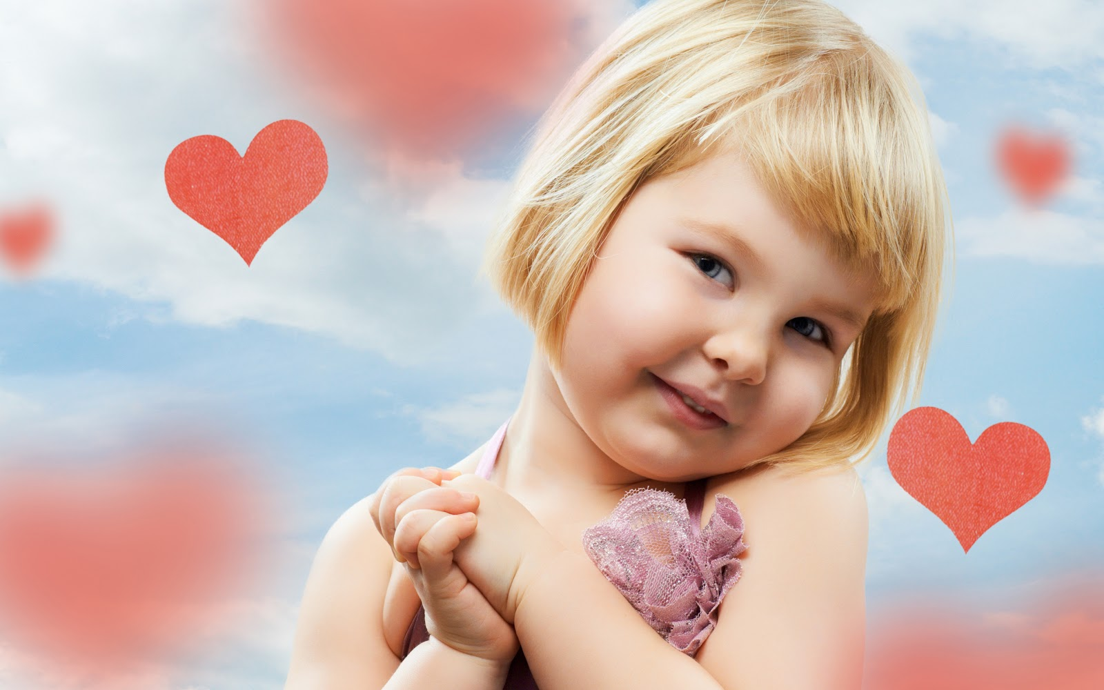 http://1.bp.blogspot.com/-pD-tx4Vea1M/UMhqmKrBzwI/AAAAAAAABss/2AG_GiEsl6c/s1600/cute-and-beautiful-baby-wallpaper-2013-04.jpg