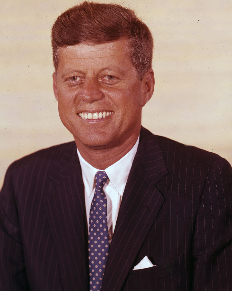 an overview of the legacy of john f kennedy 35th president of the united states John f kennedy 35th president, 1961-1963 early life and pre-presidency born on may 29, 1917 in brookline, massachusetts parents: joseph p kennedy, sr and rose fitzgerald.