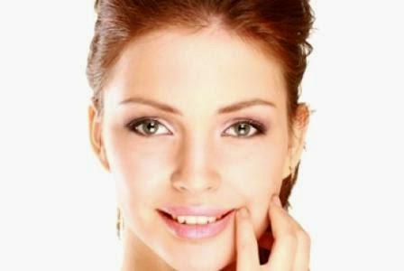 6 cara menghilangkan bintik putih di wajah secara alami