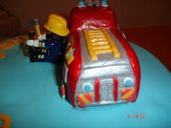 Bolo de aniversário Carro Bombeiros