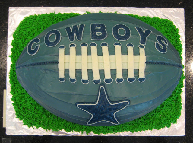 Dallas Cowboys Football Cake - Overhead View