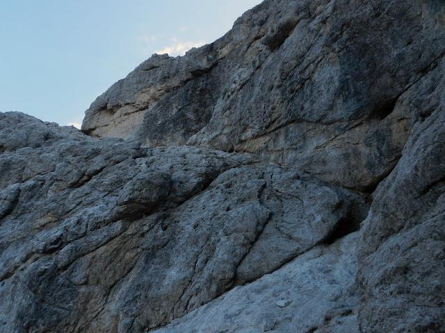 La cengia attraversa le pareti del Razor
