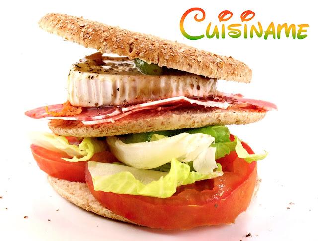 sándwich, sándwich gourmet, longaniza de payés, queso de cabra, bocadillos, yummy recipes, recetas de cocina, recetas caseras, recetas originales, humor, recipes, recetas originales