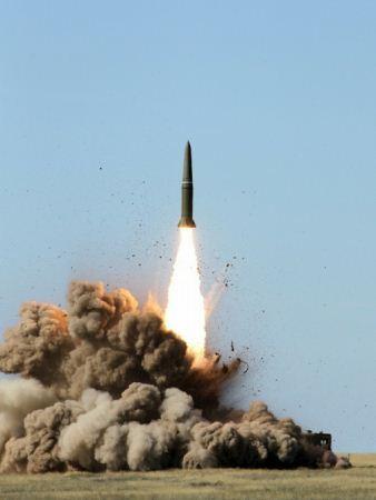 Peluncuran rudal Iskander