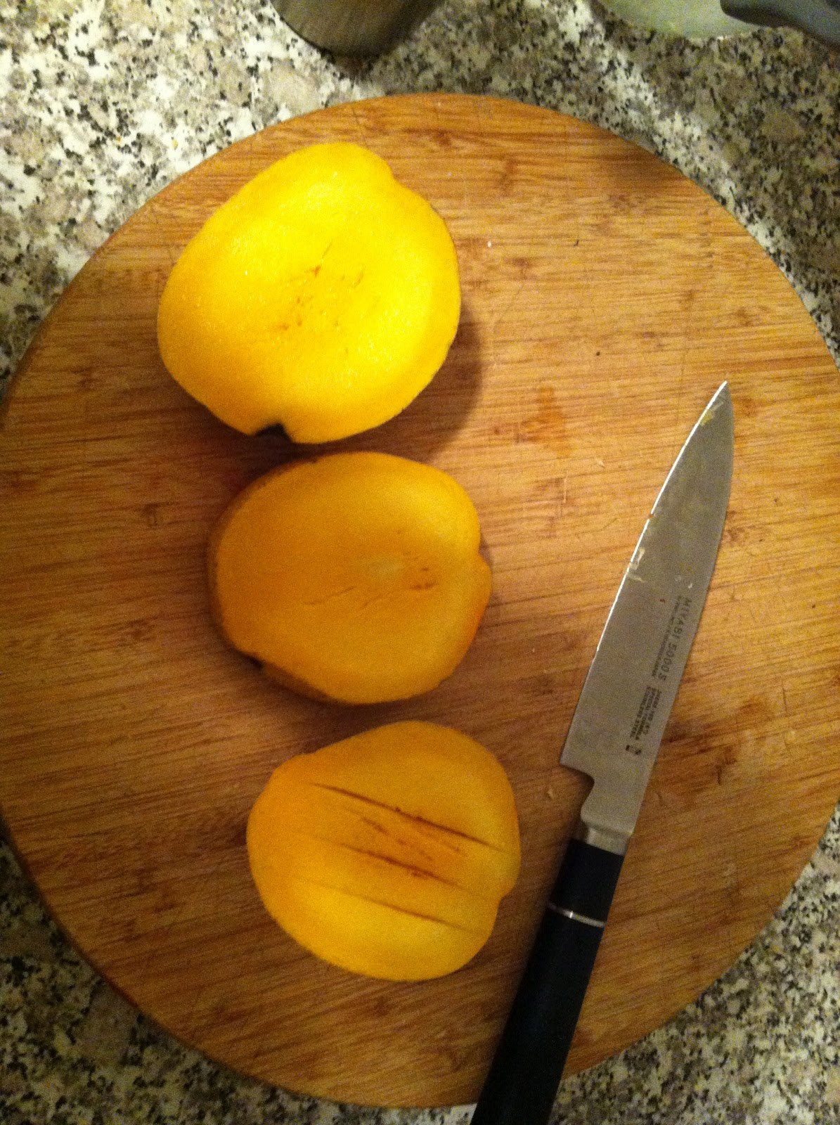 how to cut a mango with a mango cutter