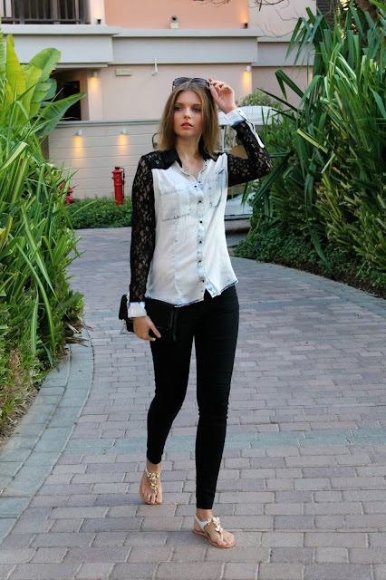 IMG 6505 - LACE BLOUSE IN JEANS