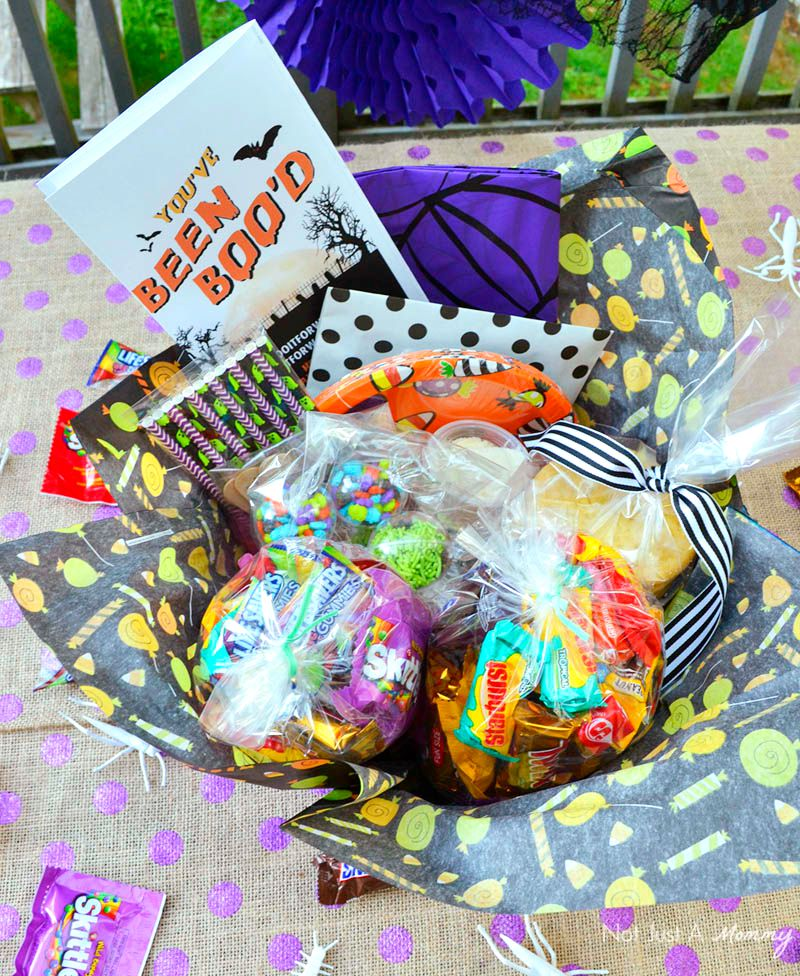 A BOO It Forward Party Kit is a great way to surprise neighbors and friends