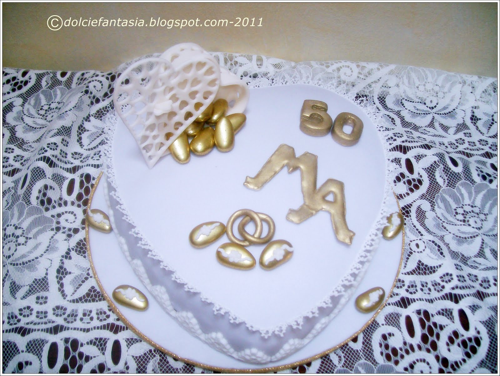 Auguri Matrimonio Genitori : Dolci e fantasia torta anniversario nozze d oro