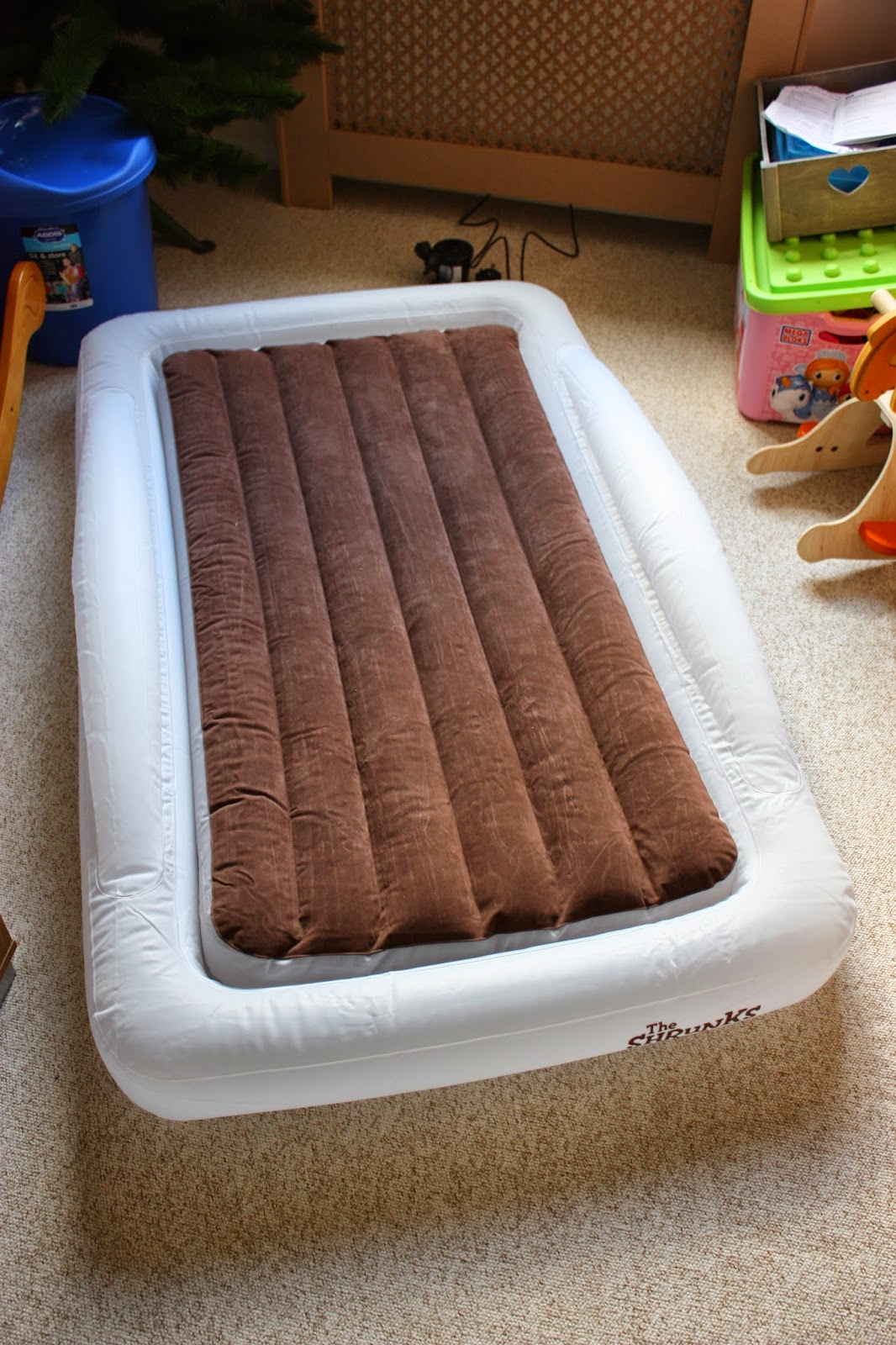 Mellow Mummy: The Shrunks Toddler Travel Bed Review ...