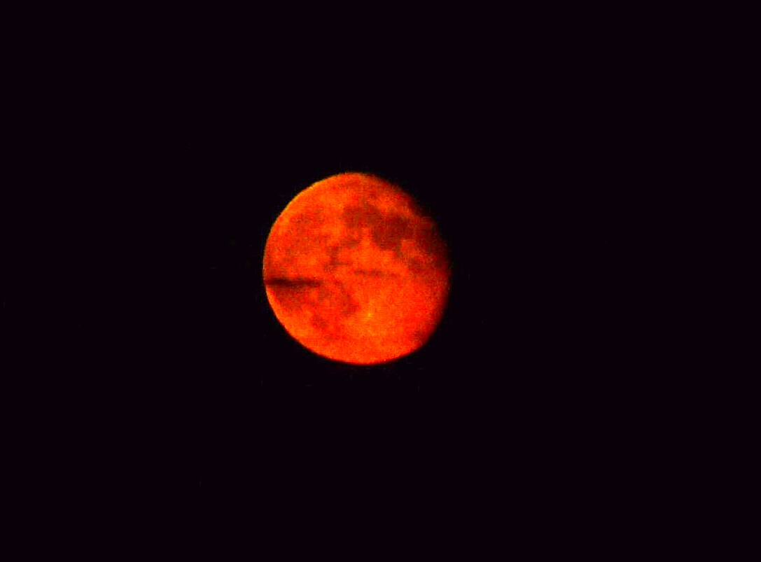 red moons - photo #6