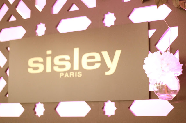 photo-sisley_paris-supremya_baume-phyto-twist-eau_d'orient