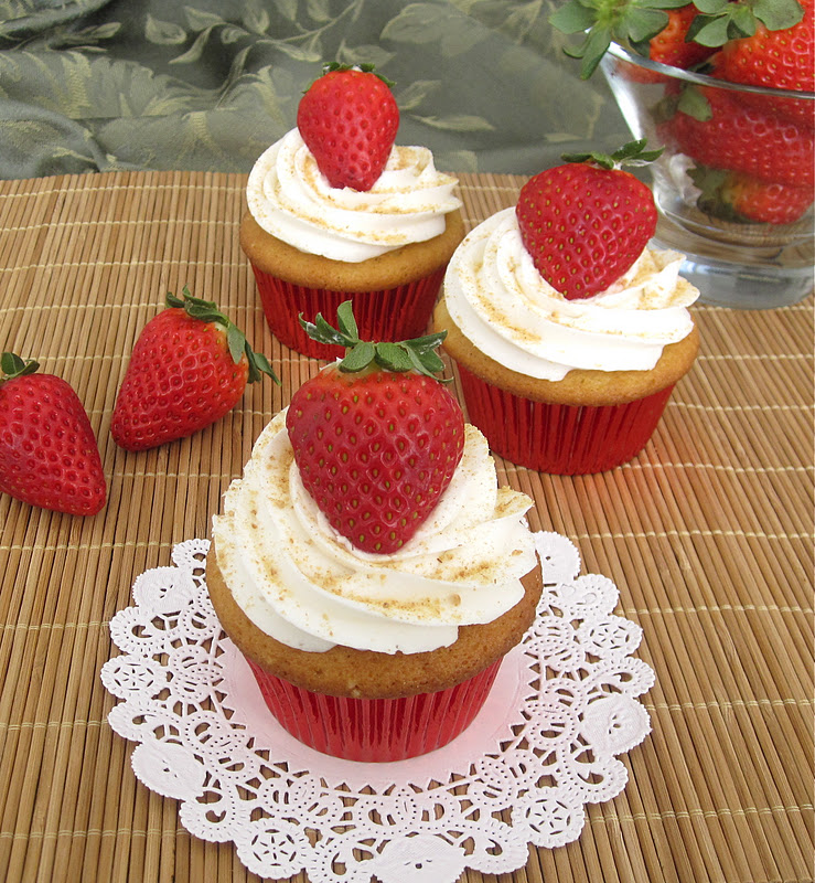 Strawberry Cheesecake Cupcakes - Lindsay Ann Bakes