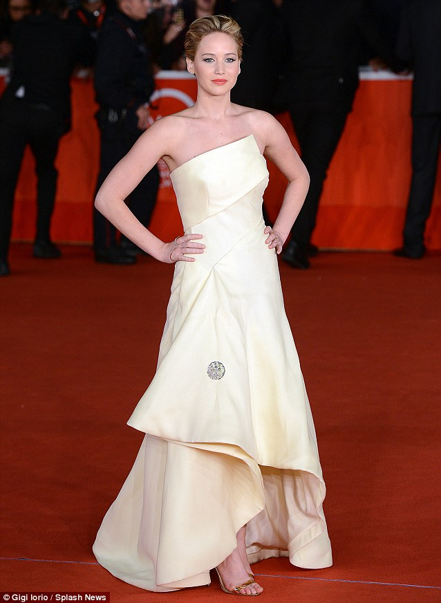 Jennifer Lawrence in Christian Dior Couture at 'The Hunger Games: Catching Fire' Rome Premiere