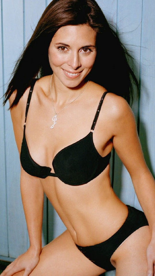 Jamie-Lynn Sigler Black Bikini   Galaxy Note HD Wallpaper