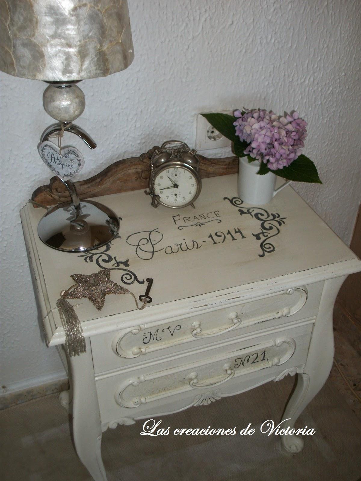 Restauración de mesita estilo vintage.Las creaciones de Victoria