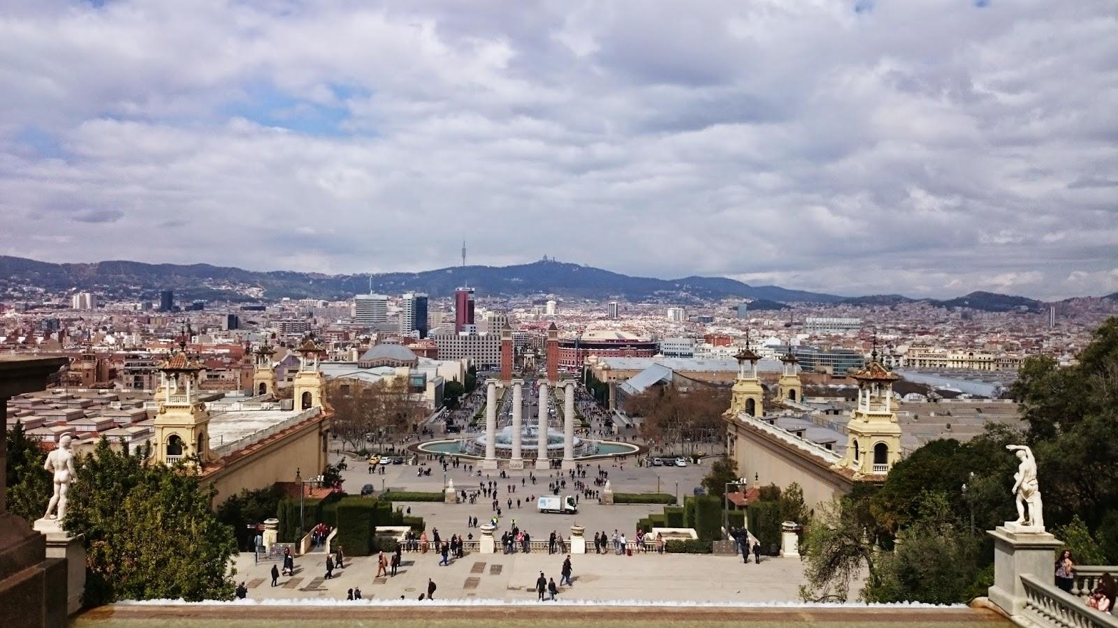Barcelona,fontanna di trevi,co zobaczyć w BArcelonie, weekend w barcelonie, blogerka wnętrza podróże,lifestyle, szczecin blogerka