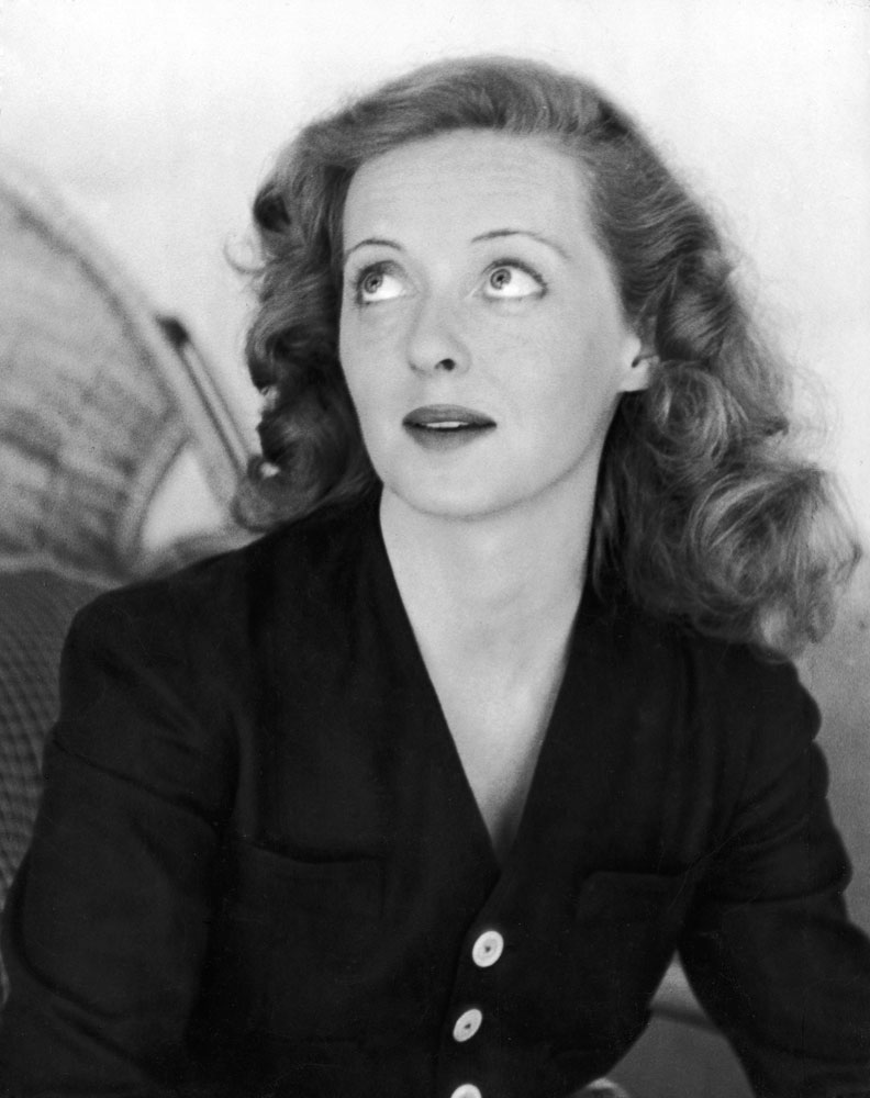 20 curiosidades y 20 frases c lebres de la reina de hollywood bette davis entre el caos y el. Black Bedroom Furniture Sets. Home Design Ideas