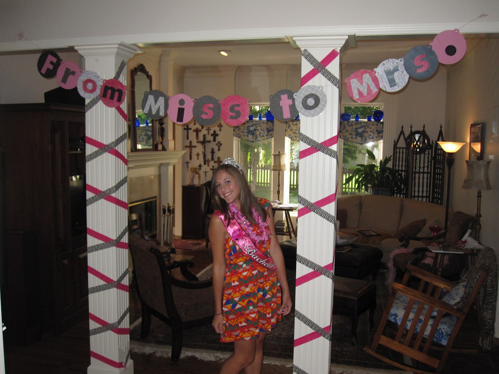 From mizzou to missoula bachelorette party decorations for Bachelorette party decoration ideas