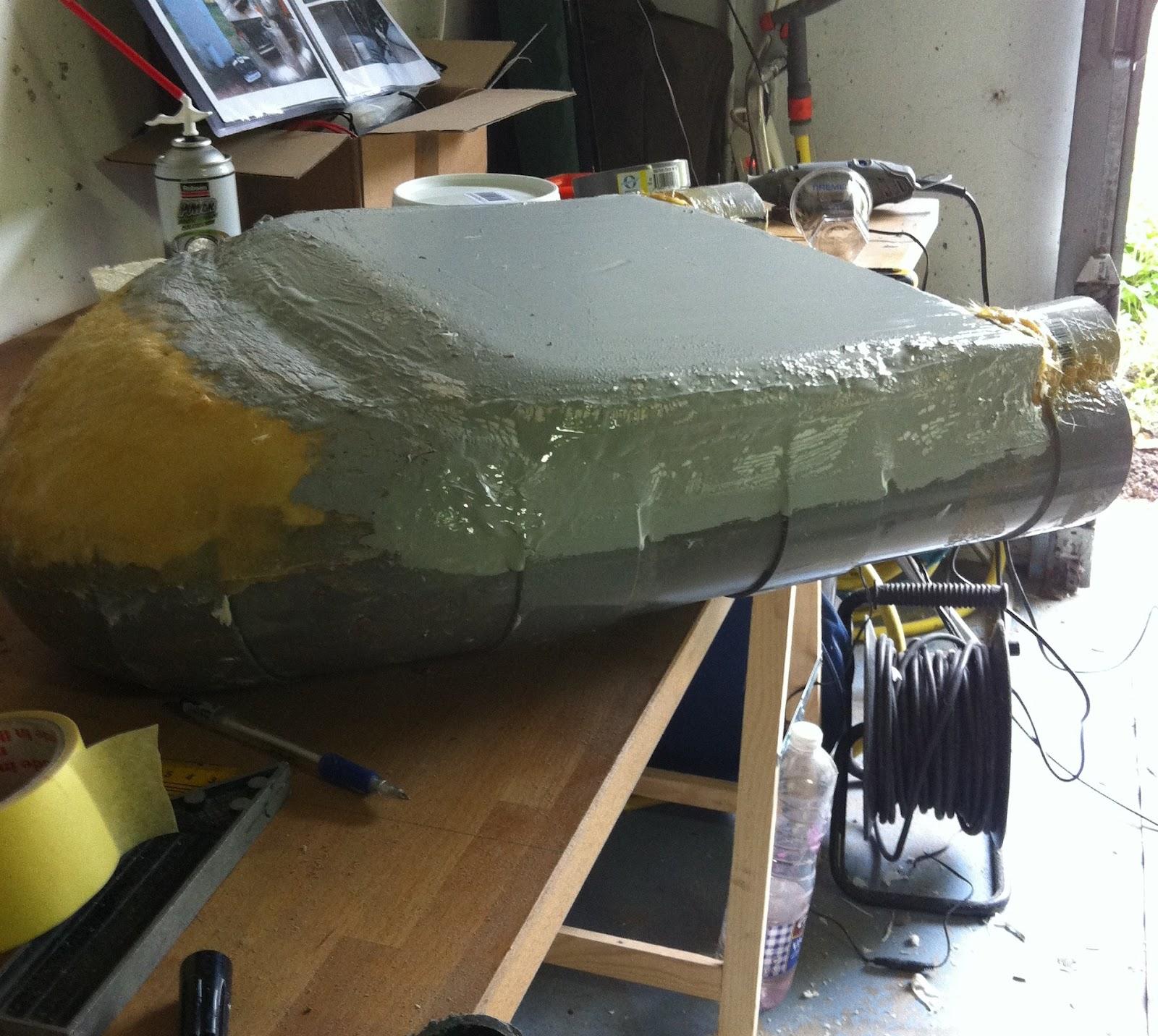 mon bateau amorceur en tube pvc un peu de peinture anti fuite. Black Bedroom Furniture Sets. Home Design Ideas