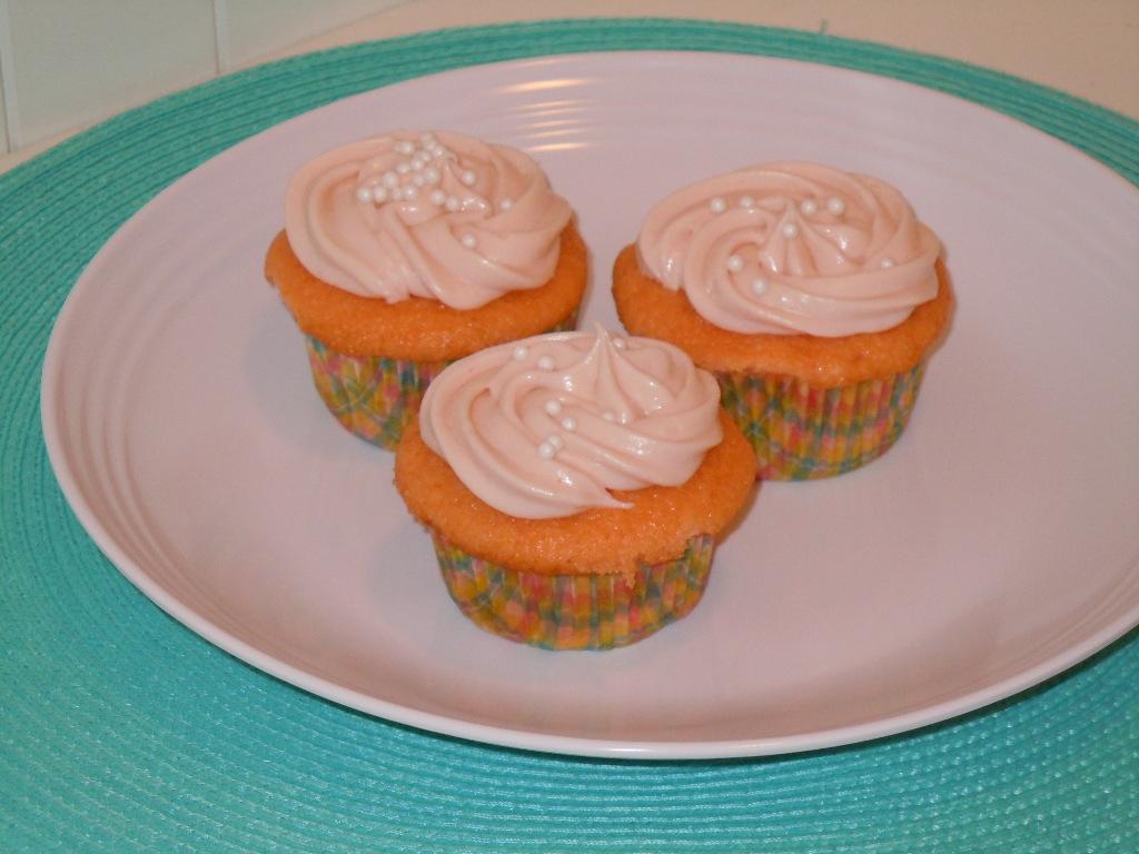 Orange Creamsicle Cupcakes With Cake Mix And Jello